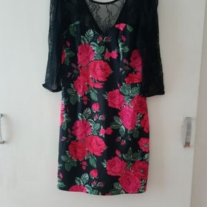 Review, Floral Black And Red Lace dress Size -12